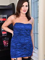 Anilos.com - Freshest mature women on the net featuring Anilos Helena Price hot cougars