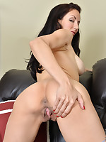 Anilos.com - Freshest mature women on the net featuring Anilos Olivia Bell big boob mature