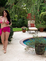 Scoreland2 - Pink bikini time in Miami - Bex Shiner (08:38 Min.)